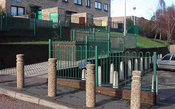 Green railings installed in community