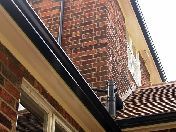 Seamless guttering approved Mustang